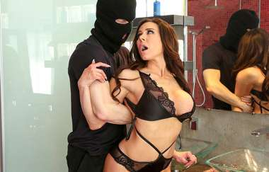 Kendra Lust, Ryan Mclane - Takes Control Of The Thief - Ass Parade