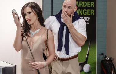 Jennifer White, Johnny Sins - Pounded At The Pro Shop - Pornstars Like It Big