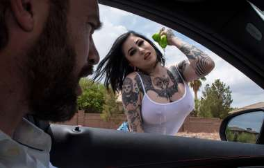 Ophelia Rain, Charles Dera - Squeegee This - Brazzers Exxtra
