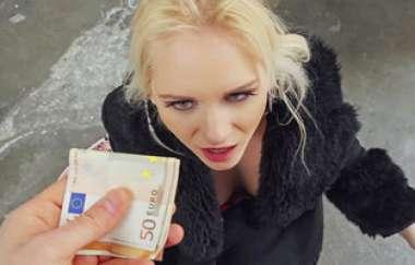 Rossella Visconti - Italian Blonde Loves Public Sex - Public Pickups