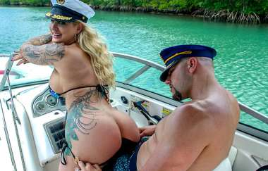 Ryan Conner, Jmac - Doing Anal In A Wild Boat Ride - Ass Parade