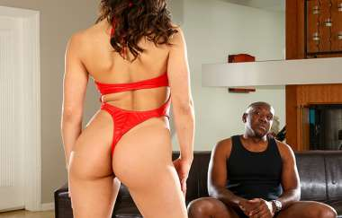 Abella Danger, Mandingo - Finally Getting Anal With This Huge Cock - Ass Parade