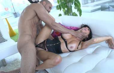 Veronica Avluv - Veronica Avluv Swallows A Load Of Cum After A Crazy Fuck