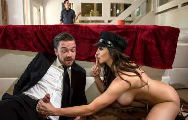 Ariella Ferrera, Kyle Mason - Lick My Limo - Real Wife Stories