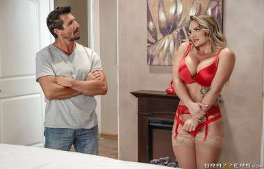 Cali Carter, Tommy Gunn - First Day On The Job - Dirty Masseur