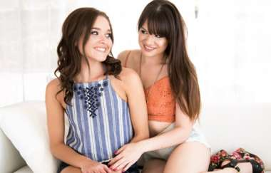Alison Rey, Zoe Bloom - Cousin Cums To Visit