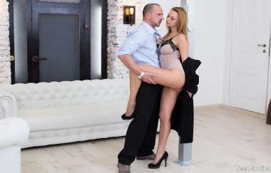 Emily Thorne - Ramming A Redheads Rectum