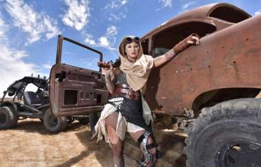 Kleio Valentien - Squirtwoman Wasteland First Dp