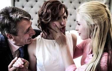 Elena Koshka, Casey Calvert, Sarah Vandella, Kristen Scott, Eliza Jane - Anne - Act Three: The Scam
