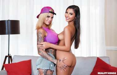 Bonnie Rotten , Gianna Dior - Cock Sucking Coaching - First Time Auditions