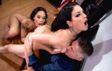 Kissa Sins, Honey Gold - Greedy Bitches, Scene 2
