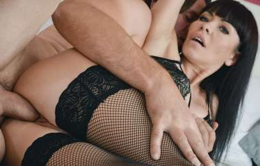Sasha Colibri, Thomas Hyka - Hot Milf Sex In Stockings And Heels