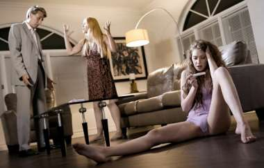Sarah Vandella, Elena Koshka, Steve Holmes - The Daughter Disaster