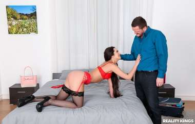 Monica Brown , Ian Scott - Monica Earns Her Stay - Mikes Apartment