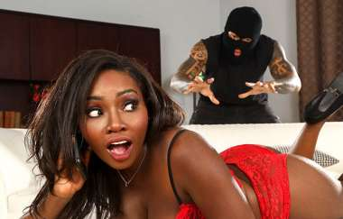 Osa Lovely, Eddie Jaye - Robbing Her Heart And Her Pussy - Brown Bunnies
