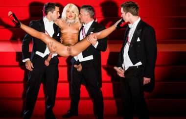 Adriana Chechik, Alberto Blanco, Mick Blue - Center Of Attention