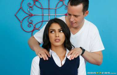 Sophia Leone, Justin Hunt - Her Daughters Too Tight - Dirty Masseur