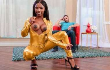 Sarah Banks - Golden Twerk