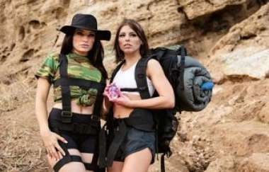 Adriana Chechik, Kissa Sins - Sapphic Curse Of The Crystal Skull