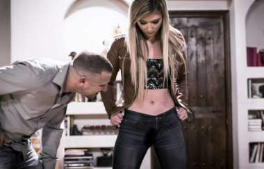 April Aniston, Mr Pete - Daddys Golden Rules