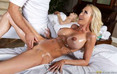 Brandi Love, Chad White - Mom Fucked The Masseur - Milfs Like It Big