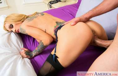 Sarah Jessie - Neighbor Affair