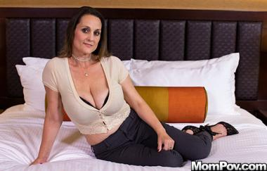 Kara - Big Ole Titties Milf Next Door