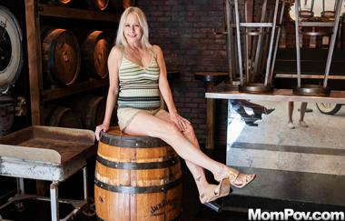 Baley - Hot Blonde Milf All Natural
