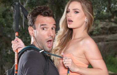 Sydney Cole, Alex Legend - Fucking Is The Best Way To Pass The Time