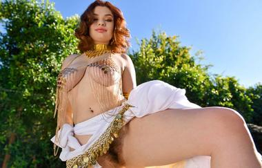 Annabel Redd - Busty Babes Rule The World - Tittyattack