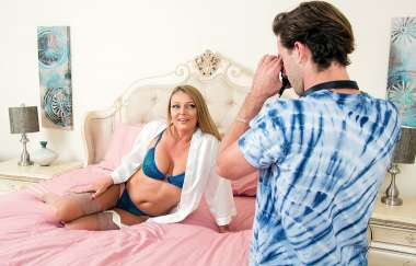 Brenda James - My Friends Hot Mom - Myfriendshotmom