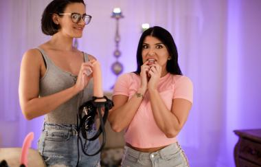 Penny Barber, Romi Rain - Lesbian Adventures Strap-on Specialists 15 Scene 2 - Back On The Scene