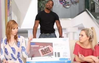 Lauren Phillips, Zoey Monroe - Scoring Big On Black Friday - Bcmxxx