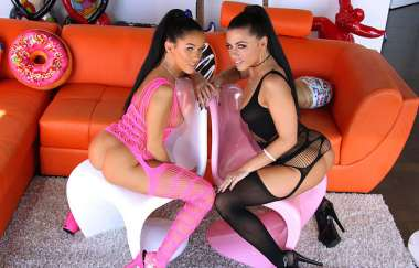 Adriana Chechik, Megan Rain - Anal And Squirting Fun With Adriana And Megan
