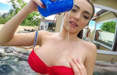 Ashly Anderson - Facial For Hot Tub Hottie - Mofos Bsides