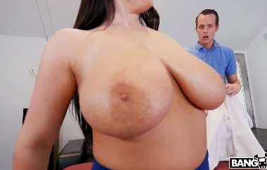 Angela White - Gets A Proper Massage - Big Tits Round Asses