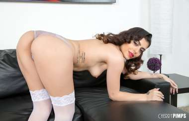 Audrey Royal - Sultry Babe Audrey Royal Live