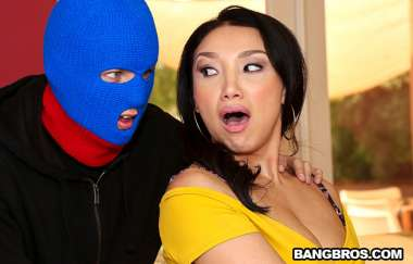 Vicki Chase, Justin Hunt - Vicki Chases Anal Surprise - Bangbros Clips