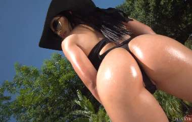 Karissa Kane - Is Back! This Young Hot Latina Is Ready For Maximum Penetration