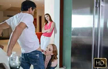 Pepper Hart, Katy Kiss - Raunchy Redhead Family Gets Seductive - Badmilfs