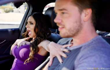 Ariella Ferrera, Kyle Mason - Driving Mommy Wild - Mommy Got Boobs